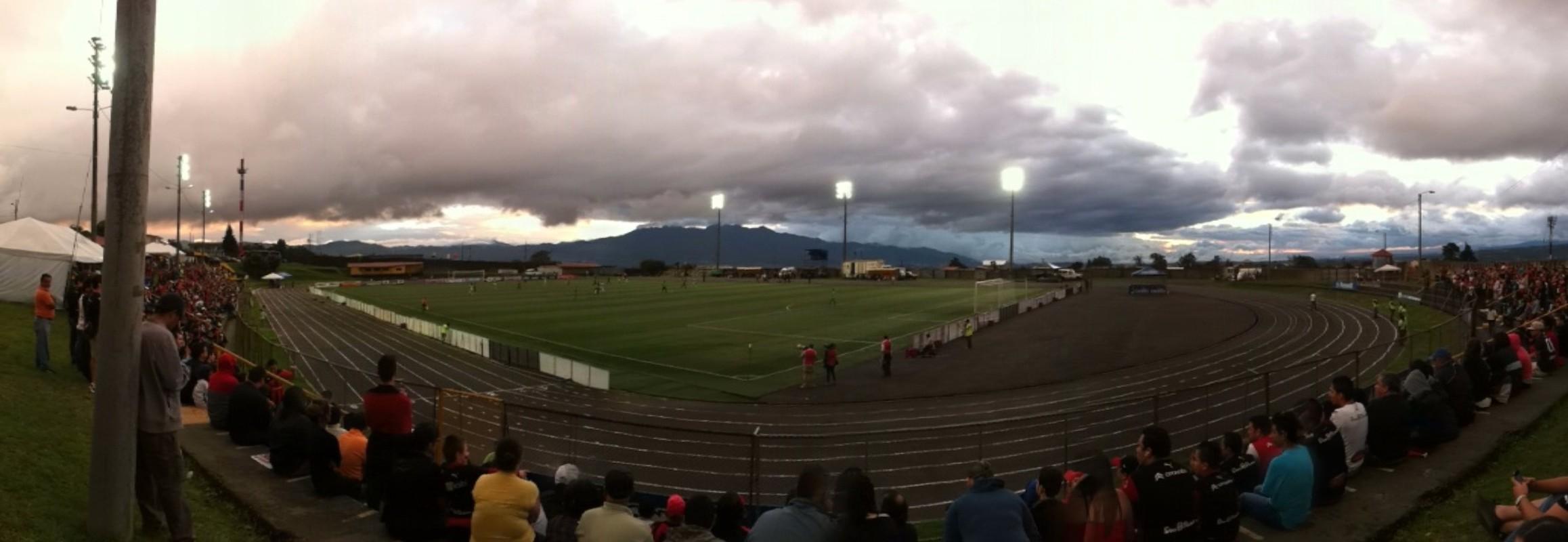 Ubicación: San Isidro, Coronado, San José, Costa Rica. Propietario: Municipalidad de Coronado Detalles técnicos: Superficie: gramilla sintética. Dimensiones: 100 x 72 m. Capacidad: 2500 espectadores
