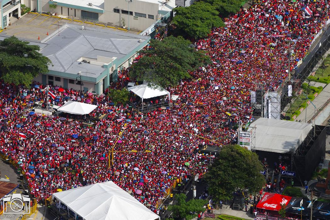 Miles de personas se hicieron presentes la tarde y noche de este 8 de julio para el recibimiento de la Selección Nacional. Foto: André Quirós - FotosAereasCR.com para Futbol Costa Rica
