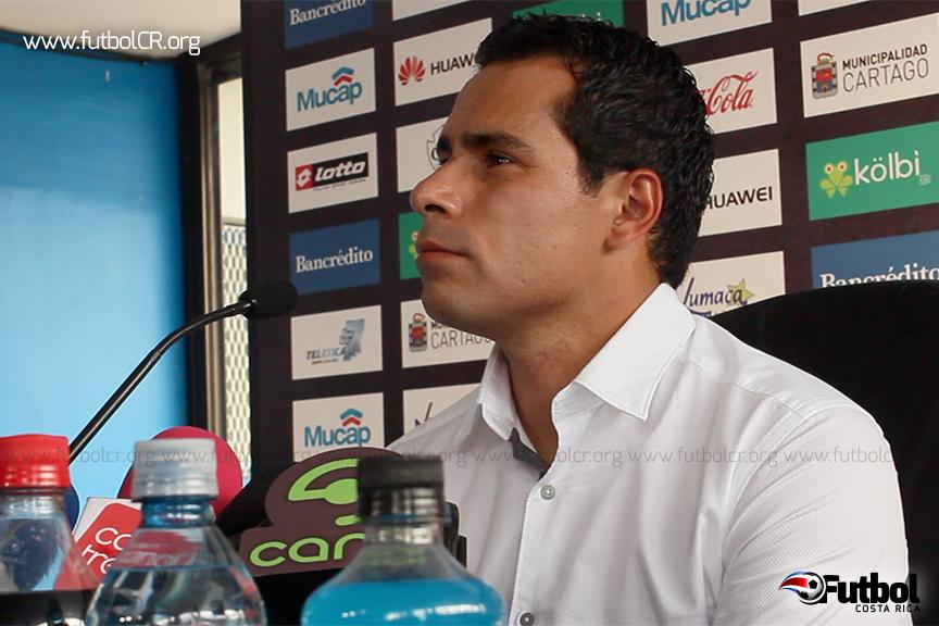El técnico mexicano tendrá dos torneos para convencer a los aficionados y directiva que en Cartaginés se pueden hacer bien las cosas.