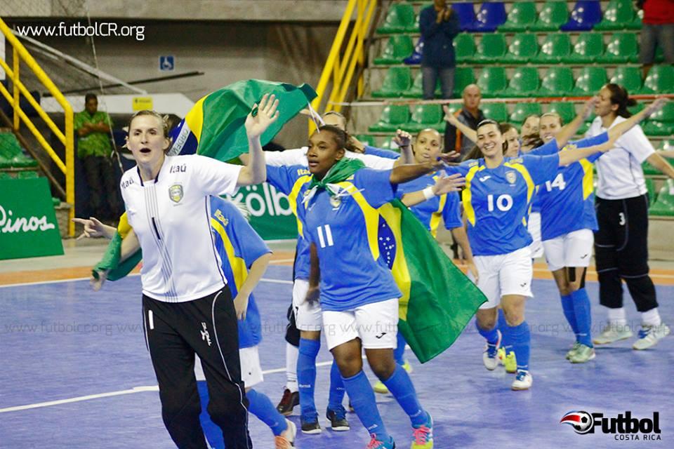 La celebración la algarabia era total en el BN Arena luego de la victoria carioca.