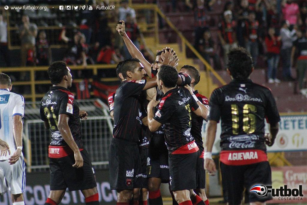 """Los manudos mostraron su contundencia en la fecha 10 ante la """"U"""", liquidándola 4-0. Foto: Rubén Murillo, Archivo."""