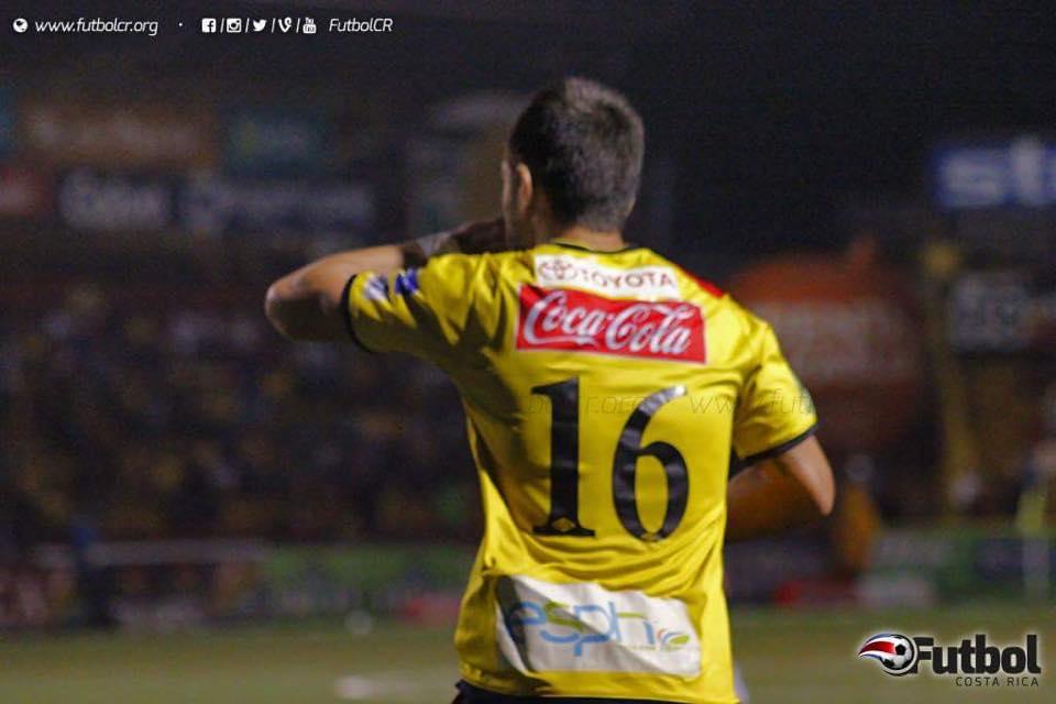 Esperanza. Hansen desea volver a los terrenos de juegos de la mano con el gol. Foto: Steban Castro.